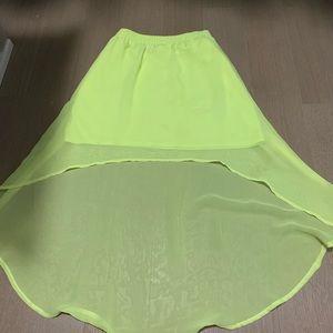 Mini/middy skirt in neon yellow
